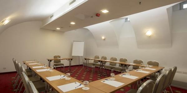32_Hotel_Bristol_conferenceroom_06